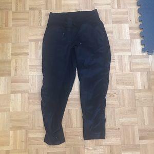 Lululemon cropped pants size 8
